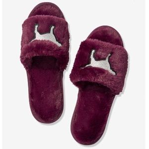 NEW VS PINK Open Toe Slippers